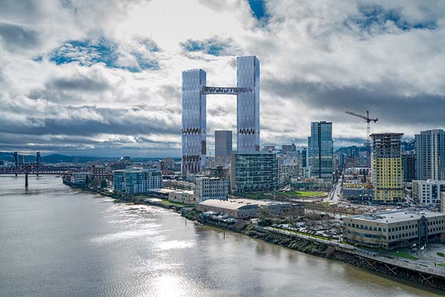 William / Kaven unveils proposal for the tallest building in Portland