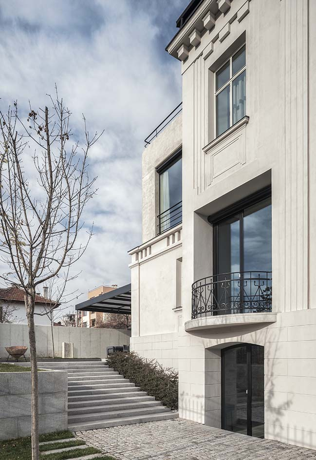 White Concrete Old House by I/O Architects
