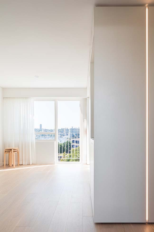 5S Apartment by Nicholas Gurney