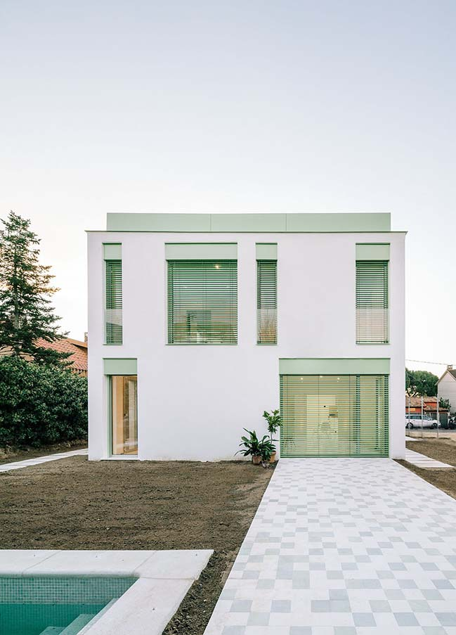 Single family home in Las Rozas by Arenas Basabe Palacios arquitectos