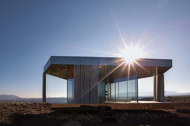 Glass Pavilion in Gorafe by OFIS arhitekti