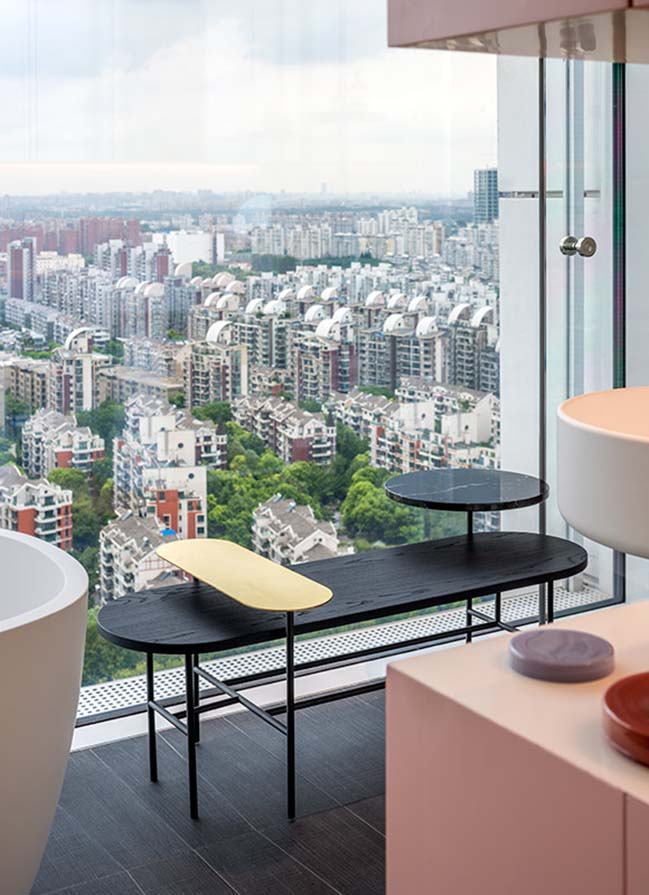Show apartment: Chromatic Spaces in Shanghai by Ippolito Fleitz Group