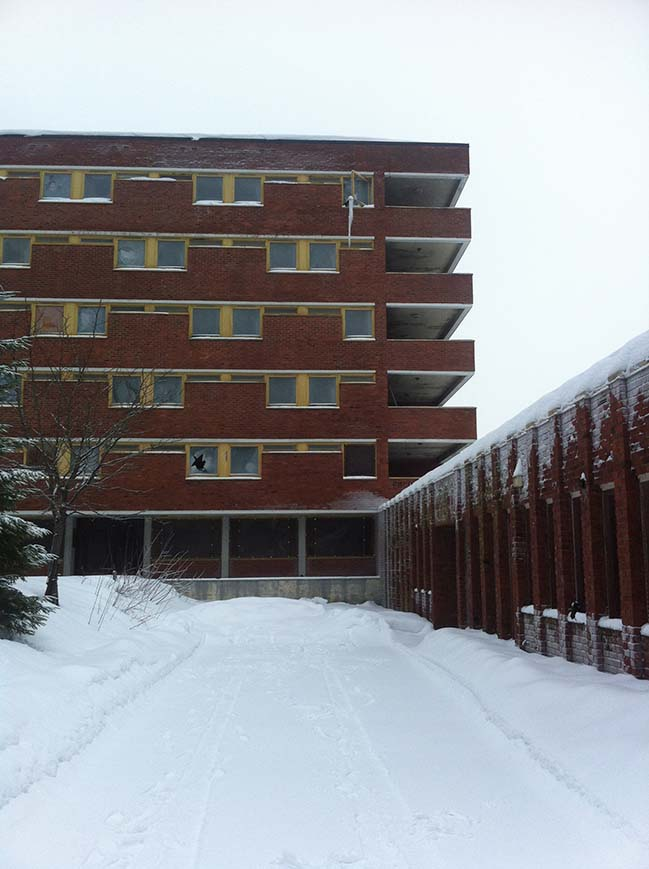 The Nursing School in Dikemark by JVA