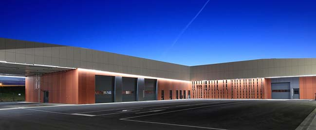 Technical Center of Blagnac by NBJ Architects