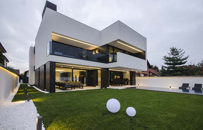 AK House in Timisoara by Parasite Studio