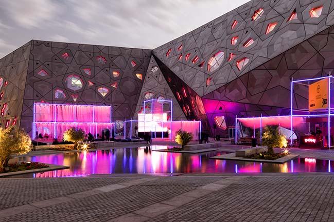Luminous Drapes in Kuwait by Studio Toggle