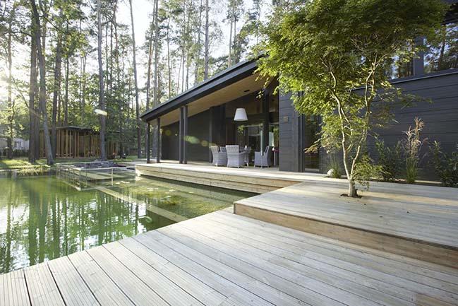 Honka residence RR by Monom