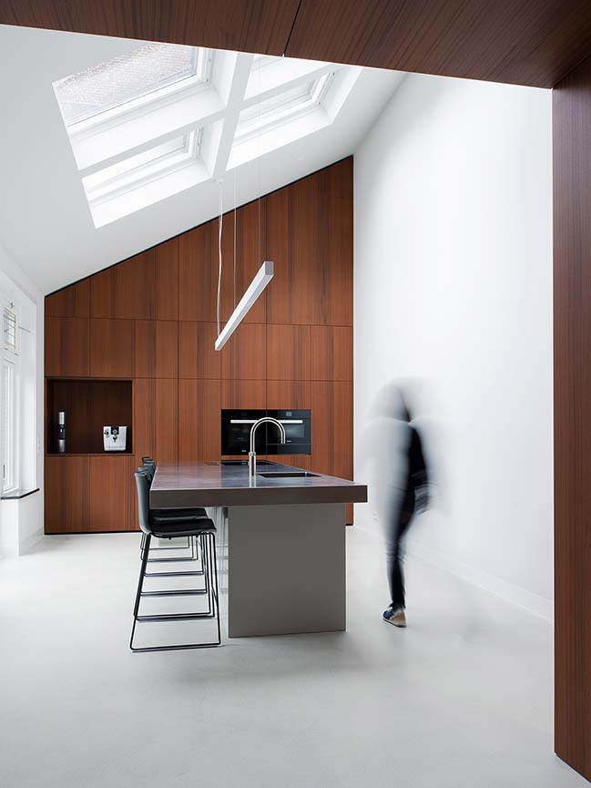 Amsterdam Private Residence by Serge Schoemaker Architects
