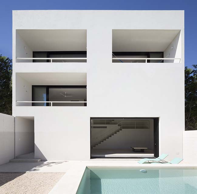 PM House by Cadaval & Solà-Morales