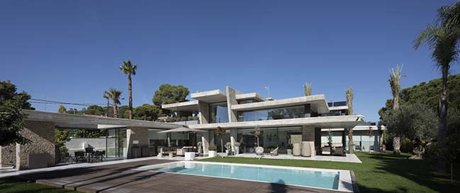 House Miravent by Perretta Arquitectura