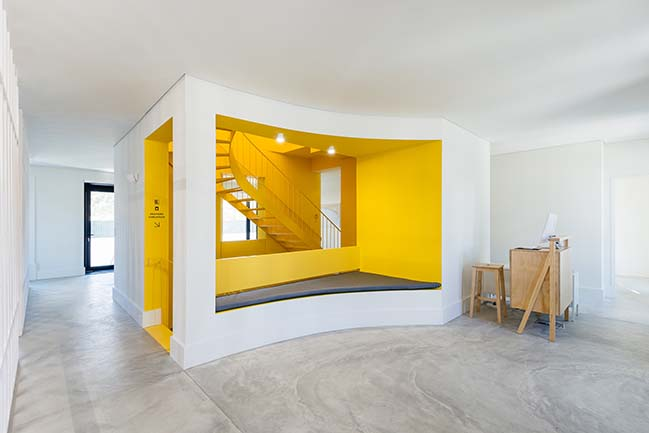 Hostel in Parede by Aurora Arquitectos