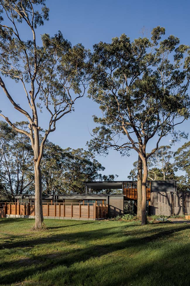 Brass House in Newcastle by Anthrosite Architects