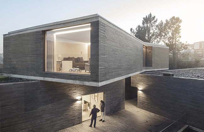 RPFV house by NOARQ