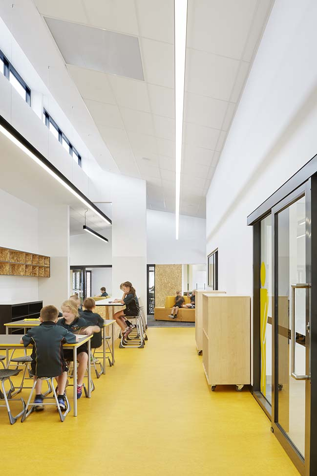Kyneton Primary School by Gray Puksand