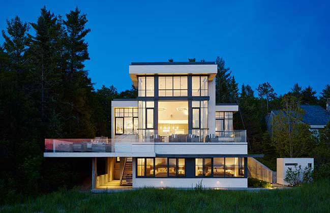 Lake House in Bear Creek Township by von Weise Associates