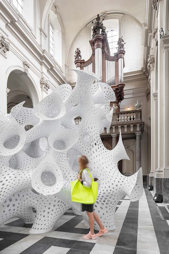 nonLin/Lin by MARC FORNES / THEVERYMANY