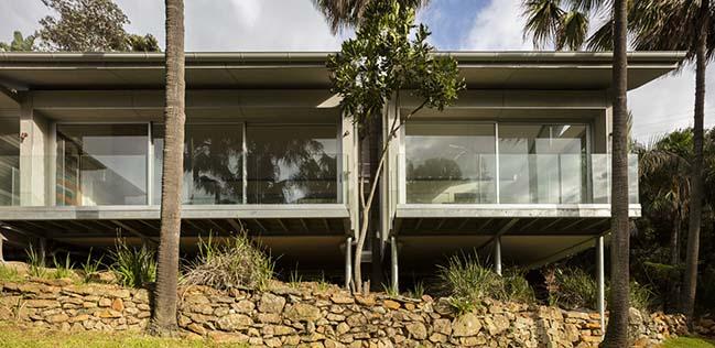 Bilgola Beach Pavilion by Matthew Woodward Architecture