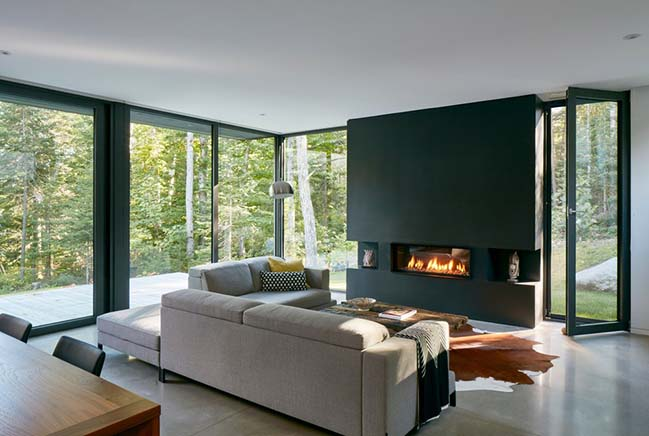 House at Charlebois Lake by Paul Bernier Architecte