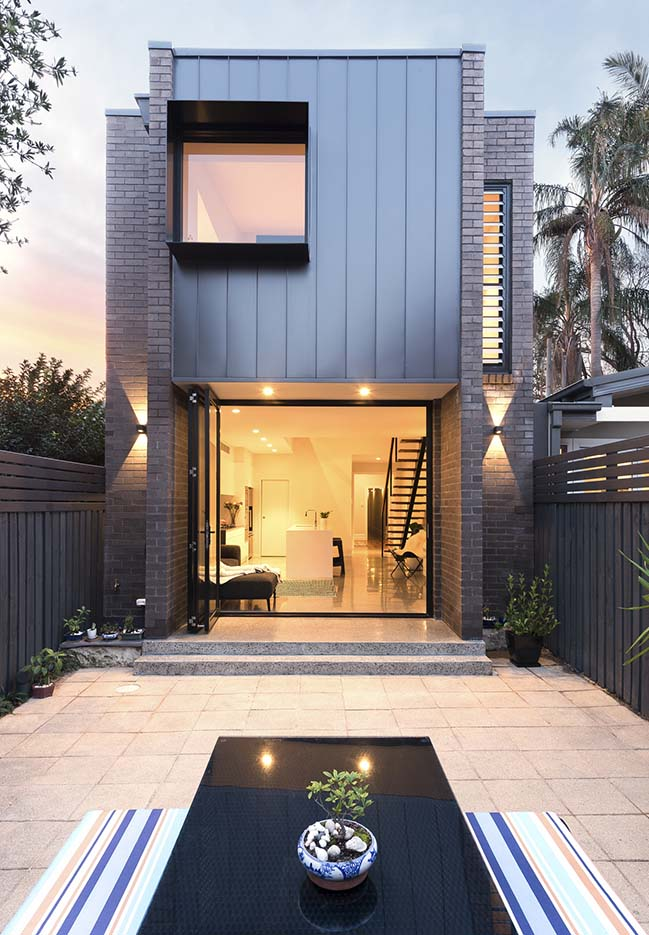 Enmore House by Amrish Maharaj Architect