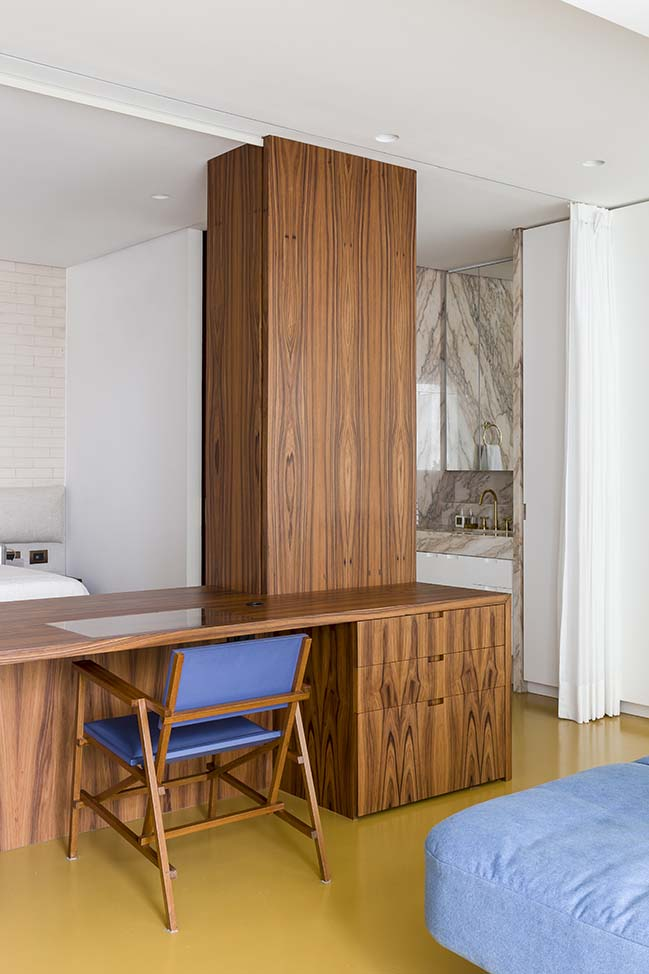 RA Apartment by Pascali Semerdjian Arquitetos