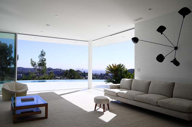 Edwin Residence in Los Angeles by Heusch Inc