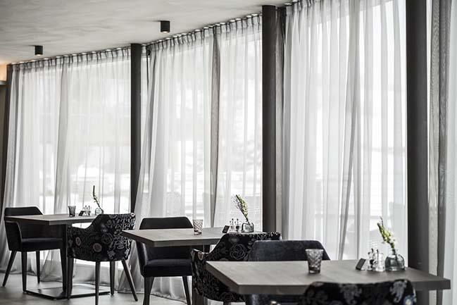 Hotel Silena: Magic in the moor by noa*