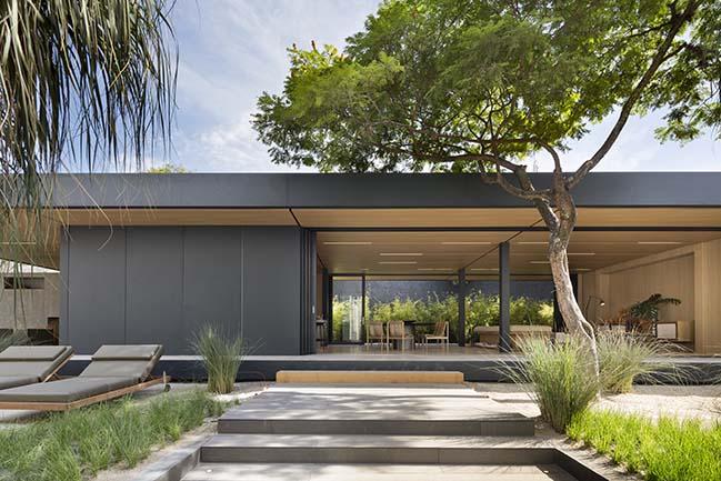 Syshaus in São Paulo by Arthur Casas Design