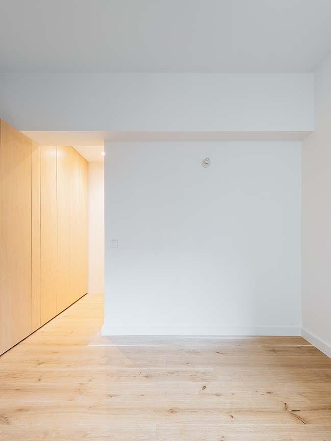 Apartment in Paris by Thomas Goldschmidt + Thibaud Herent