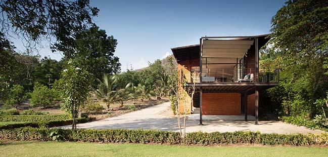 Kanchanaburi House by Anghin Architecture