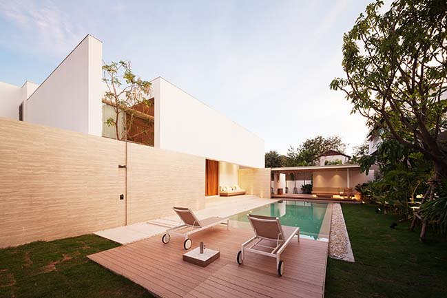 PA House in Bangkok by Idin Architects
