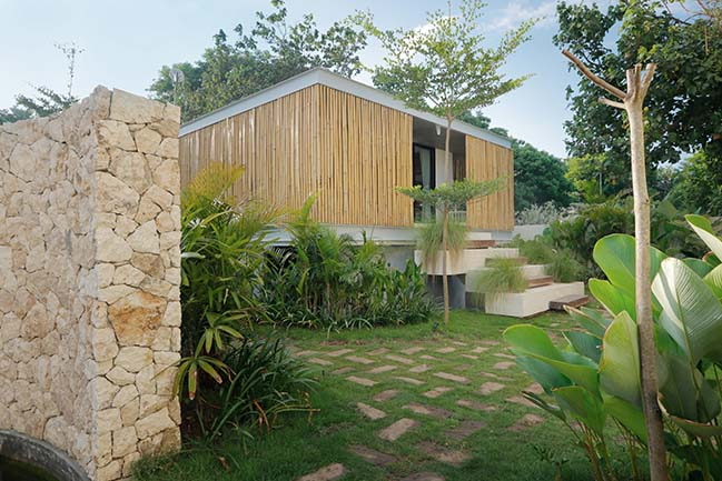 Seascape Villa in Lembongan by Word of Mouth House