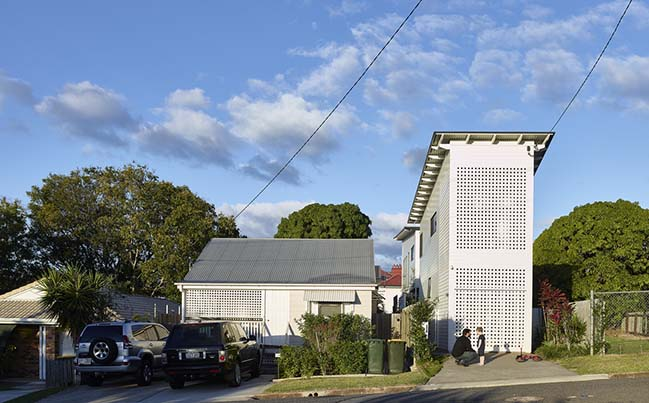 Two Pavilion House in Brisbane by Toussaint and Volz
