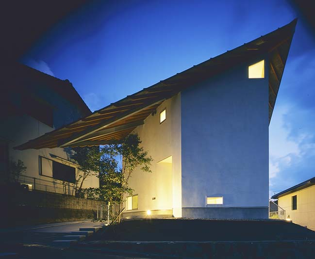 House in Kisaichi by Horibe Associates