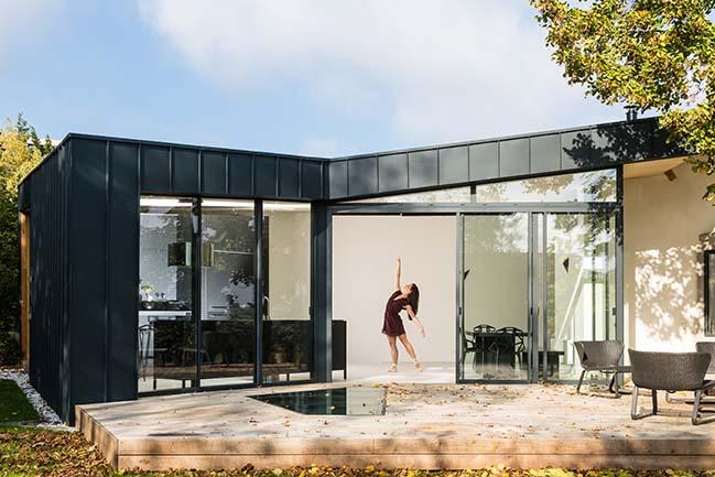EDUT by Dank Architectes