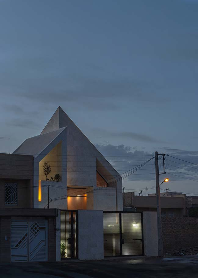 Yazd Urban Villa by Awe Office