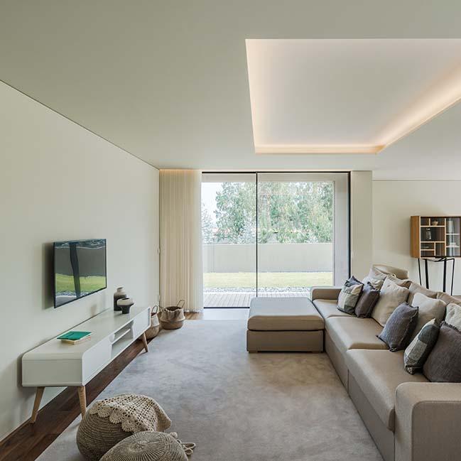 Rio Mau House by Raulino Silva Arquitecto