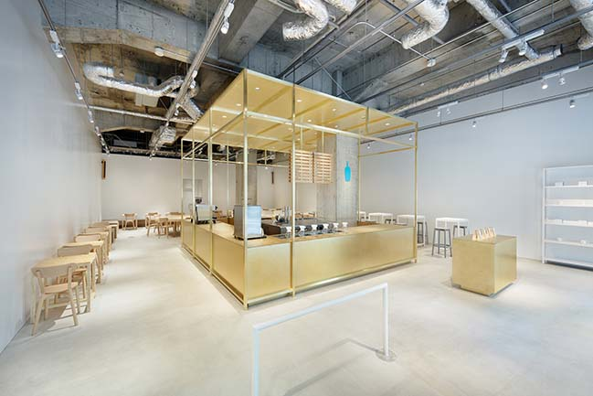 Blue Bottle Coffee Kobe Cafe by Schemata Architects