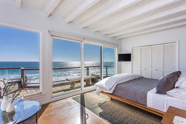 Malibu Modern Beach House by Caileen Designs