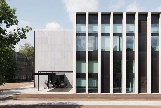 多維數據集-KAAN Architecten的教育和自學中心