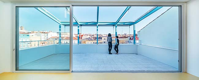 Save the Children building in Madrid by elii