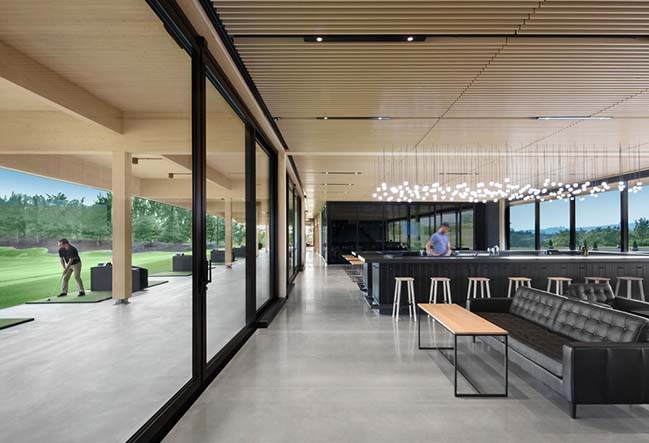 A High-End Golf Clubhouse in Montréal by Architecture49