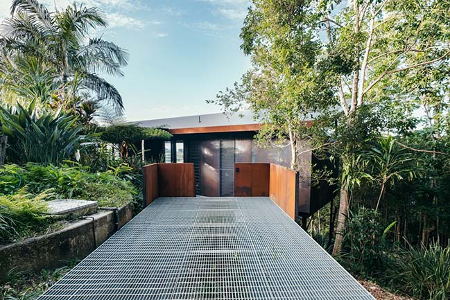 Hidden Studio in Byron Bay by Harley Graham Architects