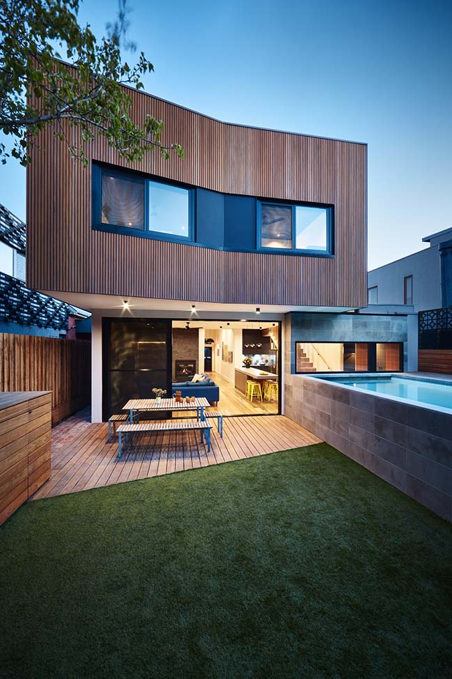 Brooks House in Melbourne by Bryant Alsop