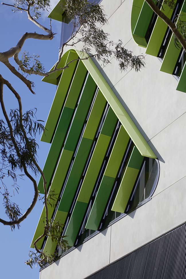 VicRoads building by Gray Puksand