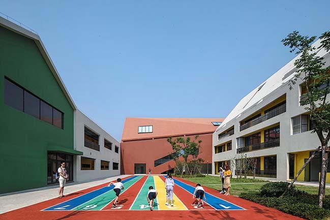 Hangzhou Haishu School of Future Sci-Tech City by LYCS Architecture