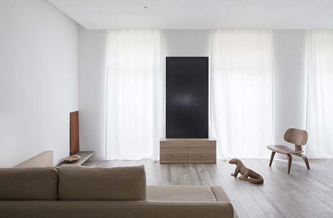 Le Apartment by Carlos Segarra Arquitectos