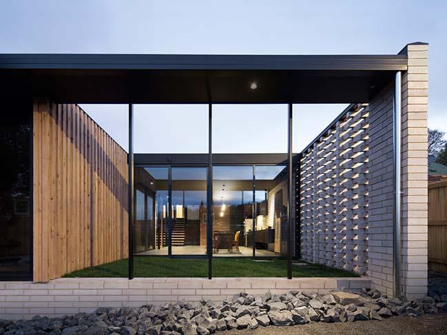 Willisdene house in Hobart by Archier