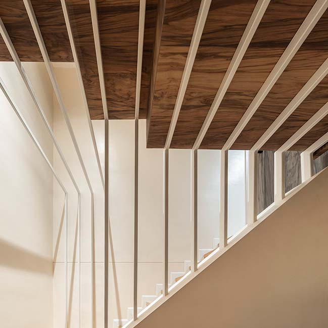 Duplicate-Duplex in Bangkok by TOUCH Architect