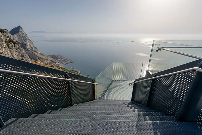 Skywalk by Arc Designs和Mayice Studio