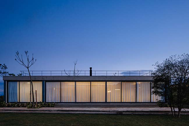Casa João de Barro by Terra e Tuma Arquitetos Associados